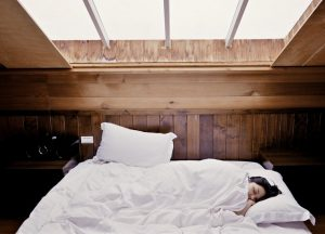 Important Factors for Stomach Sleepers to Consider When Buying a Mattress